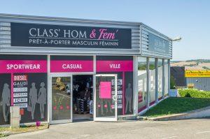 Class-Hom-fem04