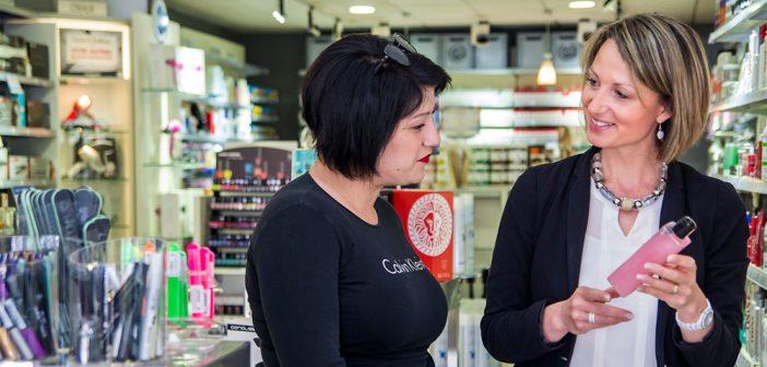 Sophie vous accueille et vous conseille chez Shop Coiffure Verdun