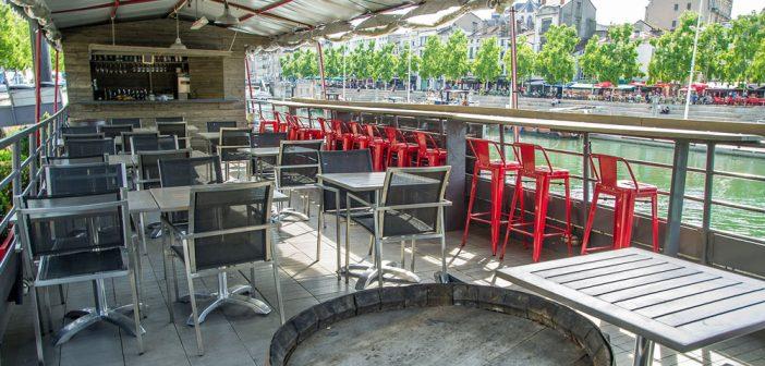 Nouveau bar d'été sur le pont, La Barge à Verdun