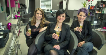 L'équipe d'atraktifs Verdun : De gauche à droite : Alisson, Jennifer (gérante) et Cécile (la nouvelle recrue)